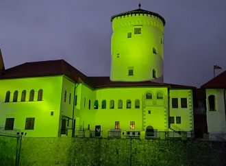 Farebný Budatínsky hrad