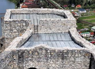 Na Hrade Strečno prebehli opravy