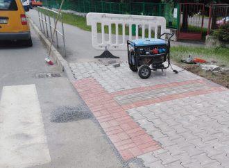 Bezbariérová úprava chodníka pri škole na Podbrezinách v Liptovskom Mikuláši