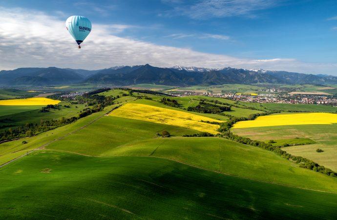Liptov otvoril letnú sezónu letom v balóne