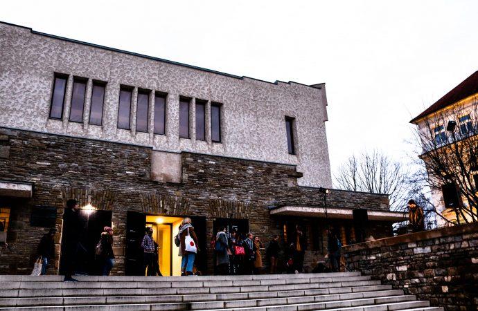 Komentované prehliadky a výstavy v Novej synagóge Žilina