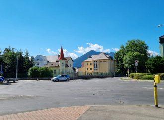 Svetelná signalizácia na Rachmaninovom námestí v Liptovskom Mikuláši bude niekoľko dní mimo prevádzky