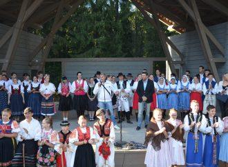 JÁNOŠÍK&ONDRÁŠ Folk Fest už po ôsmykrát zavíta do unikátneho prostredia kysuckej prírody, dreveníc a úvraťovej železničky