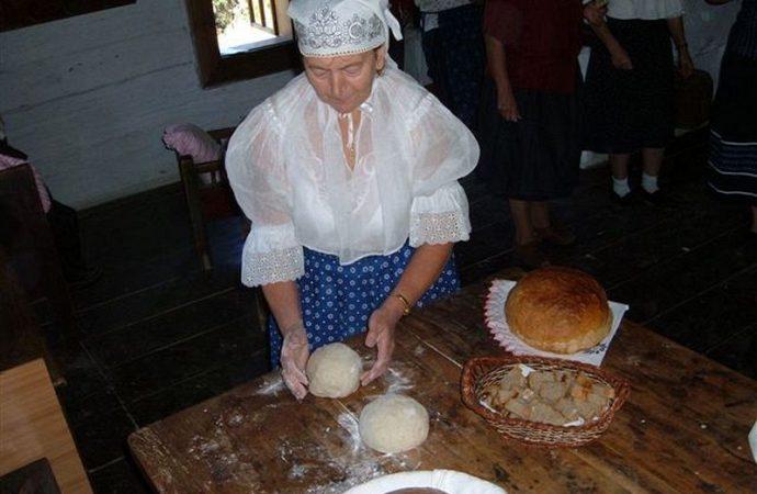 VMúzeu kysuckej dediny vo Vychylovke sa chystá každoročné poďakovanie za úrodu