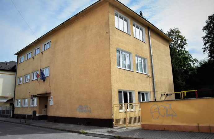 Mesto zrekonštruuje Materskú školu Andreja Kmeťa, dočasne je vnáhradných priestoroch