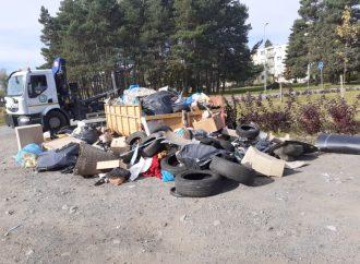 Z jesenného upratovania vzniklo sto ton odpadu