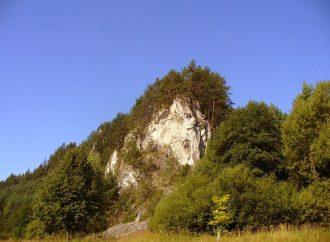Tip na jesenný výlet – Slnečné skaly v Rajeckej doline